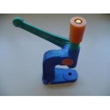 Balancim Máquina Manual para Fixação de cordão e Forração de Botões e Ilhós Impacta 100 Nº7