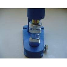 Matriz para Fixação de Terminal de cordão para crachá 20mm