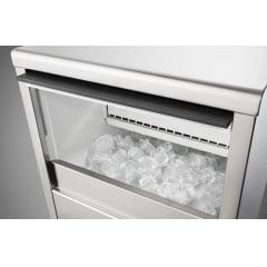 Máquina de Gelo Bancada ou Embutir 46kg de Gelo/Dia Inox TECNO