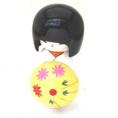 Boneca Japonesa Kokeshi com Sombrinha Oriental - Branca