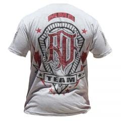 Camiseta Manga Curta Diferenciada Black Belts Cinza